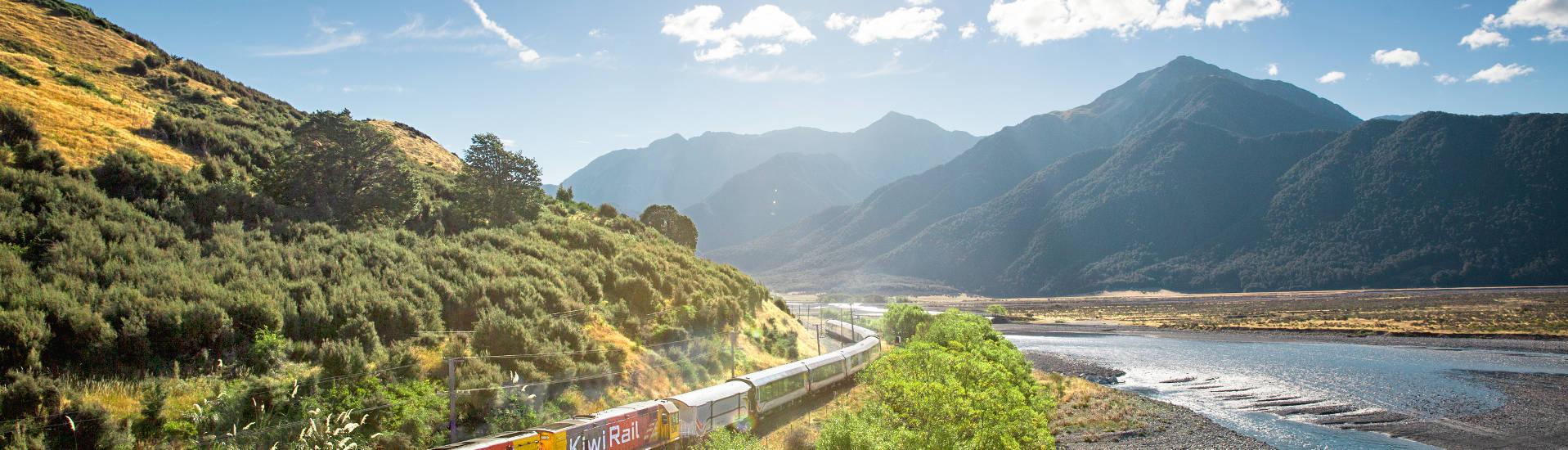 Neuseeland Reise mit Zug und Bus